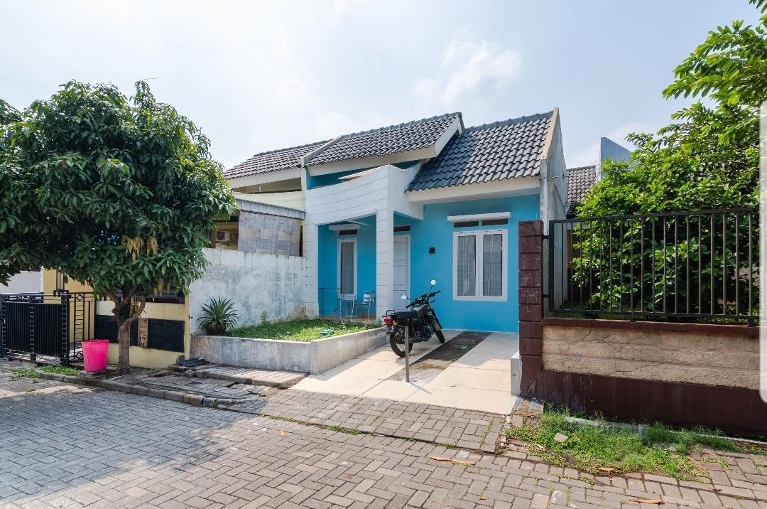 Strategic Blue House At Gate Of Bogor