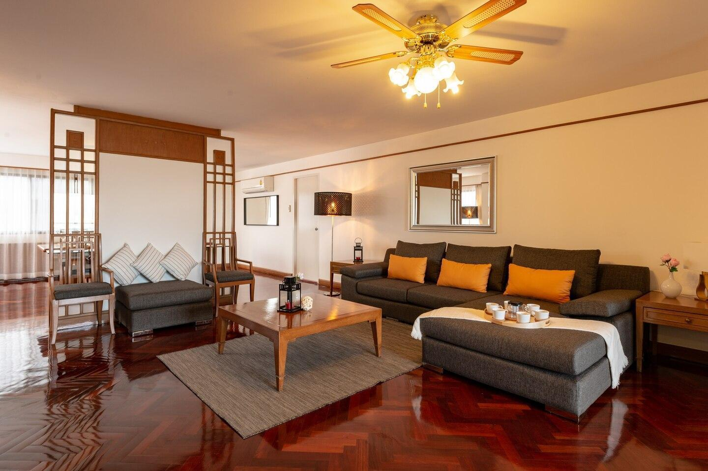 Free Pickup! 3bedrooms/7ppl max(15C) อพาร์ตเมนต์ 3 ห้องนอน 3 ห้องน้ำส่วนตัว ขนาด 220 ตร.ม. – สุขุมวิท