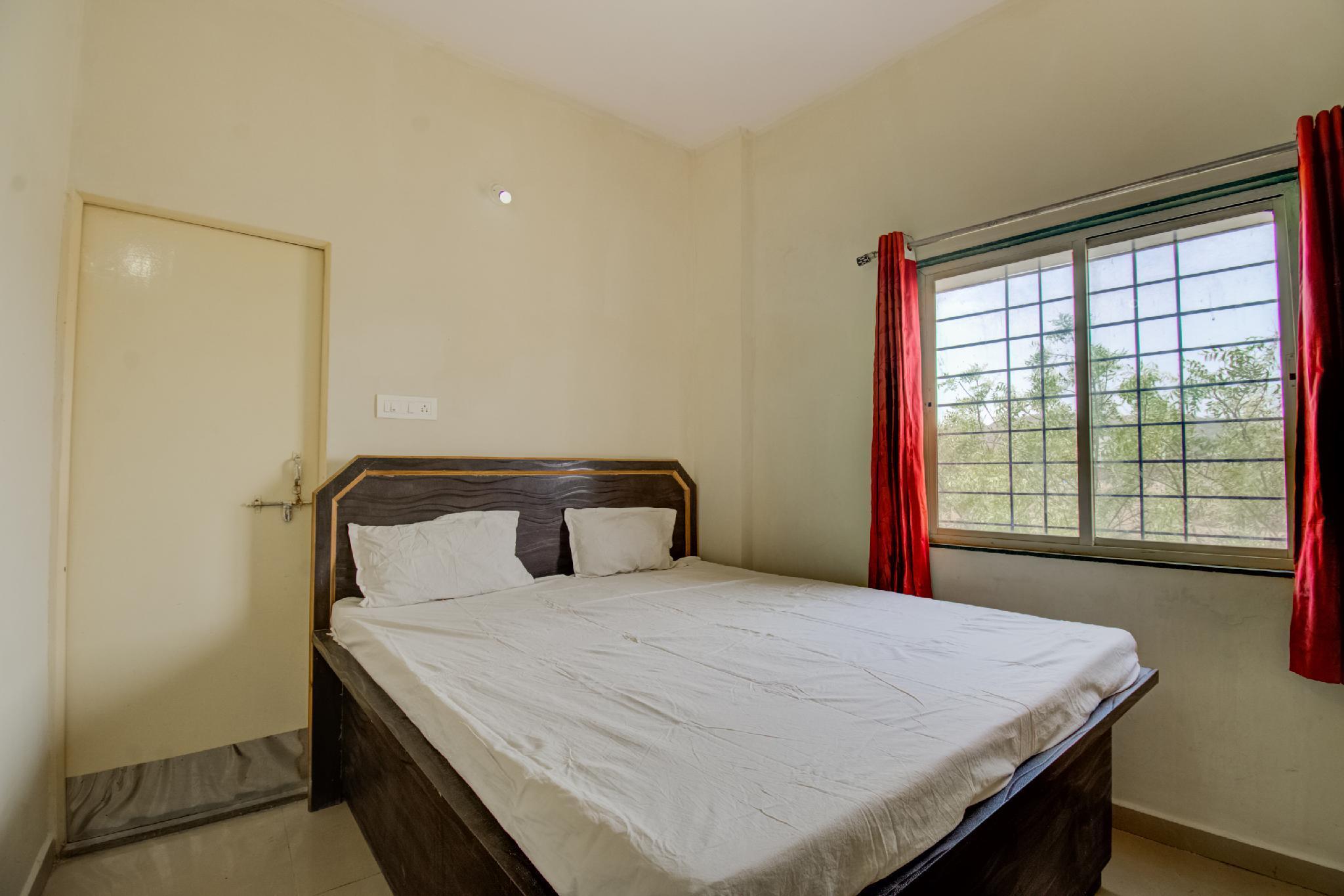 SPOT ON 47807 Hotel Manhi Palace