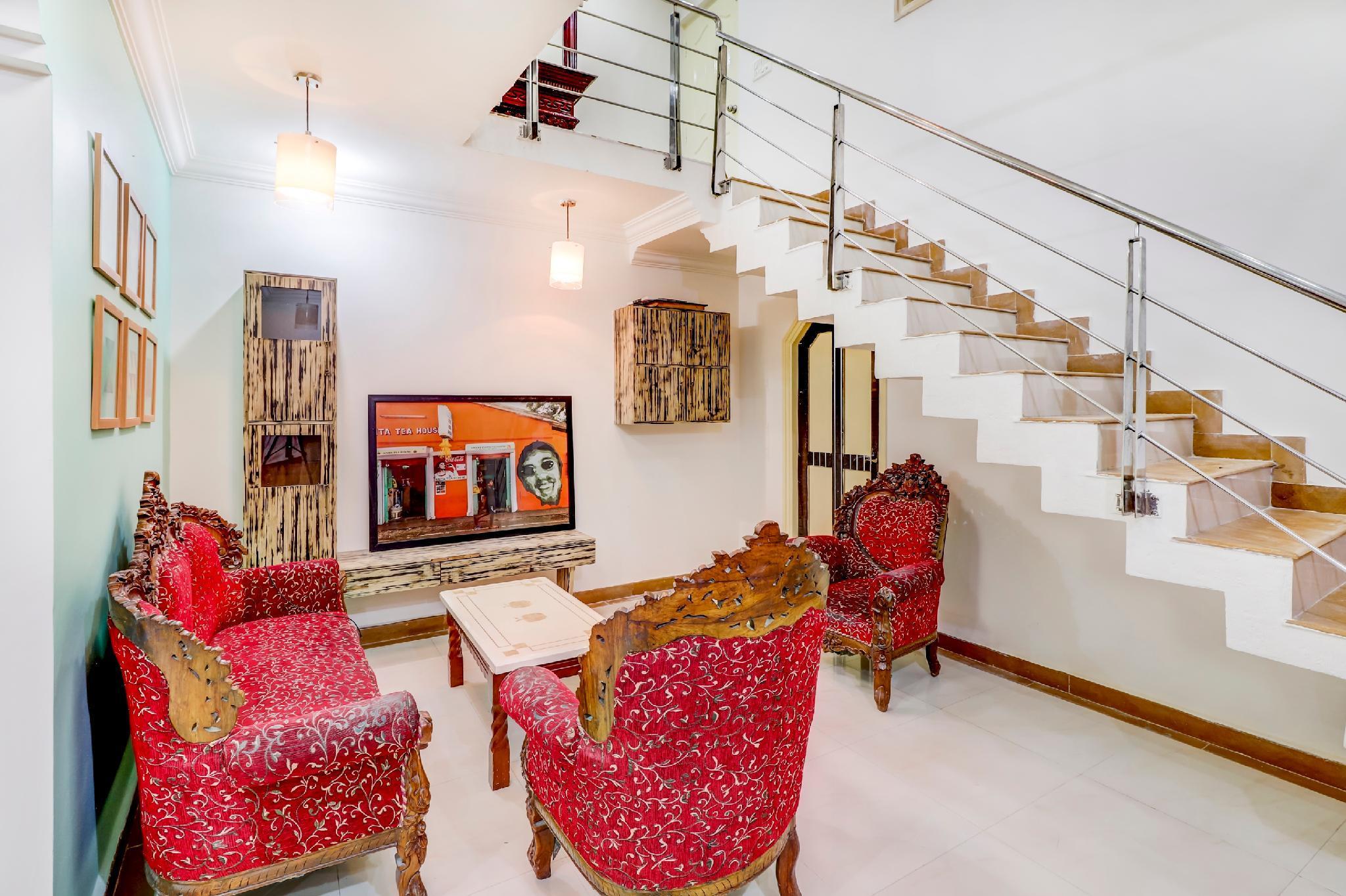 OYO 42256 Elegant Abode In Kalyan Nagar