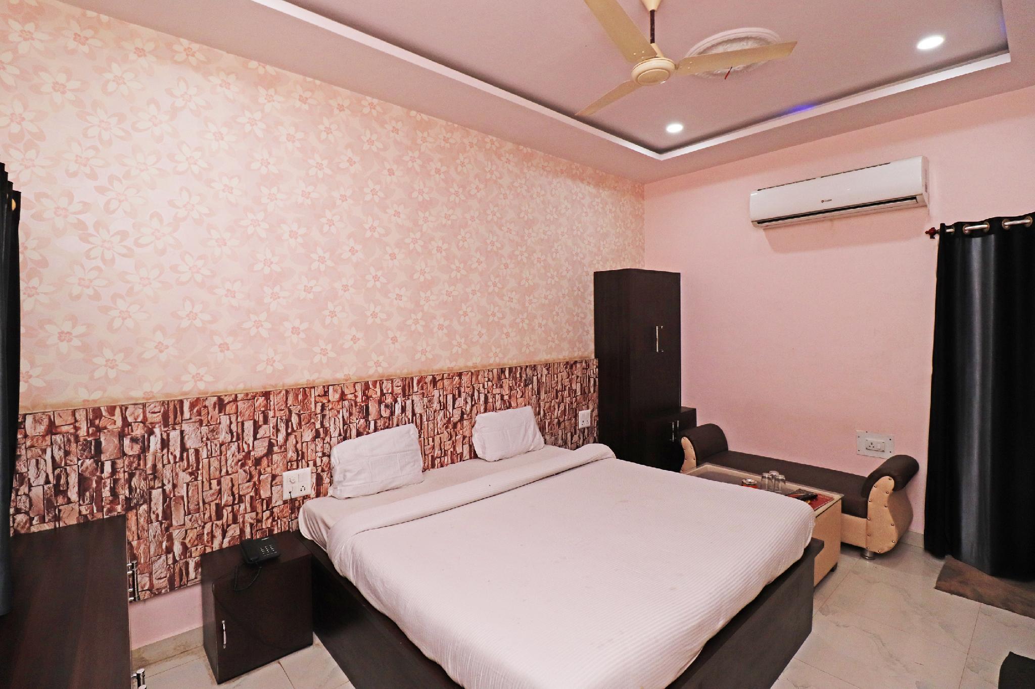 SPOT ON 43444 Hotel Alok Residency