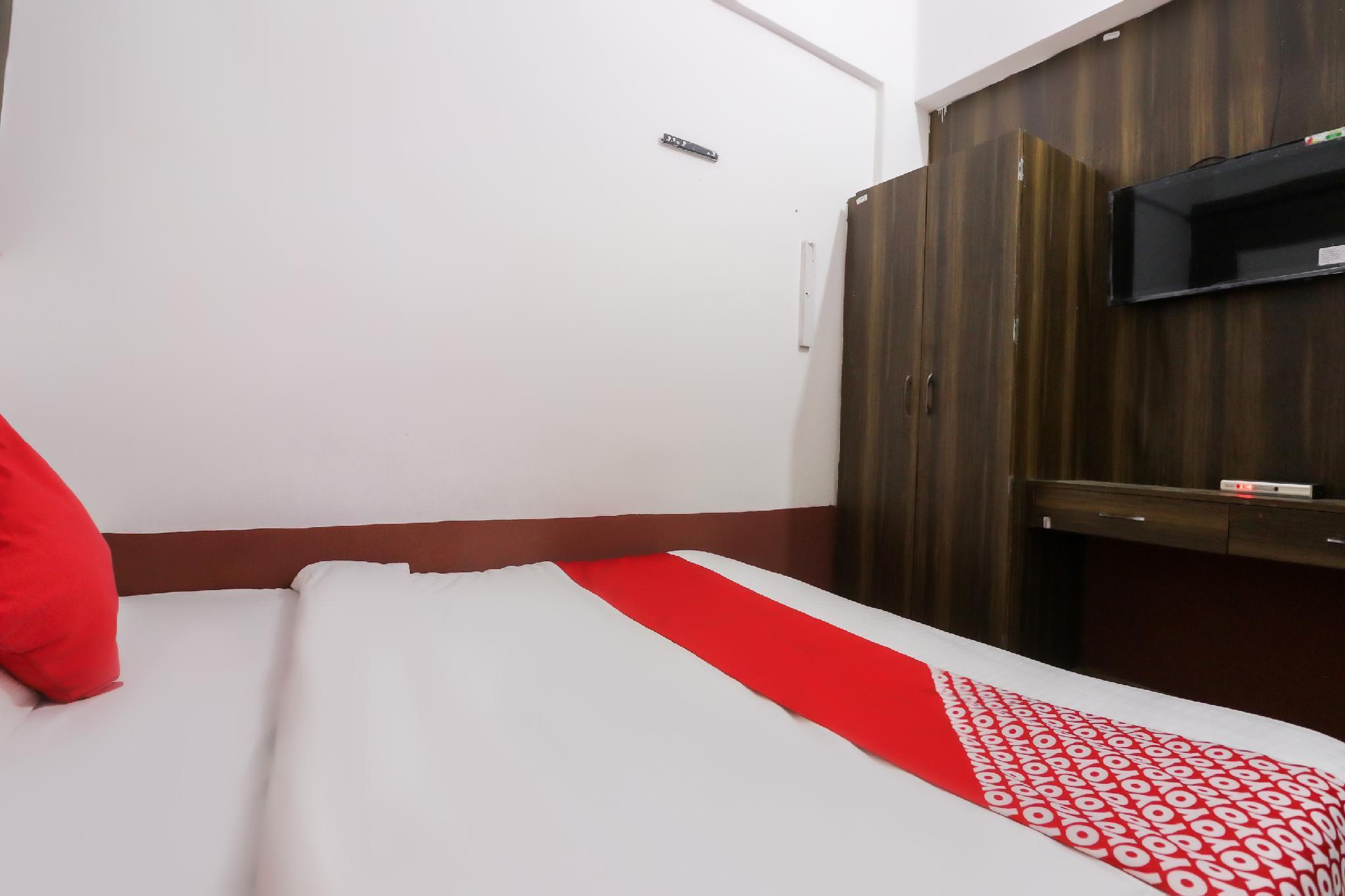 OYO 46093 Hotel Park Deep