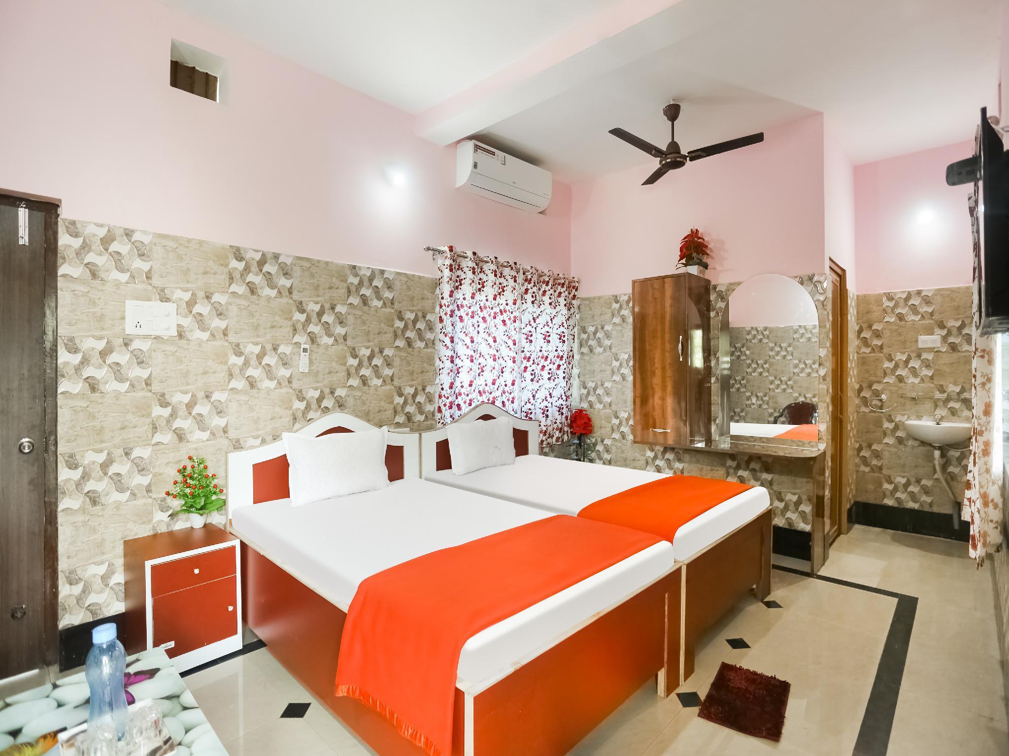 SPOT ON 60262 Hotel Maa Tarini