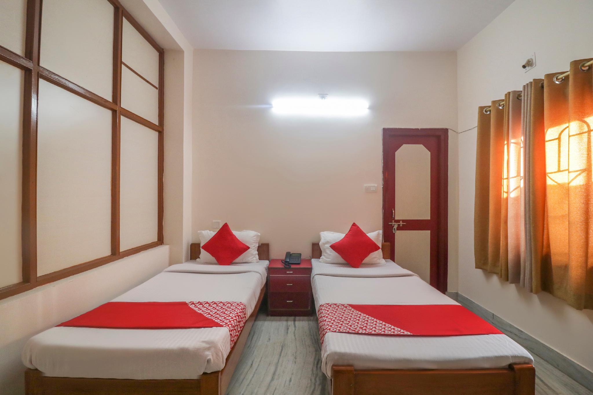 OYO 49439 Ganpati Guest House