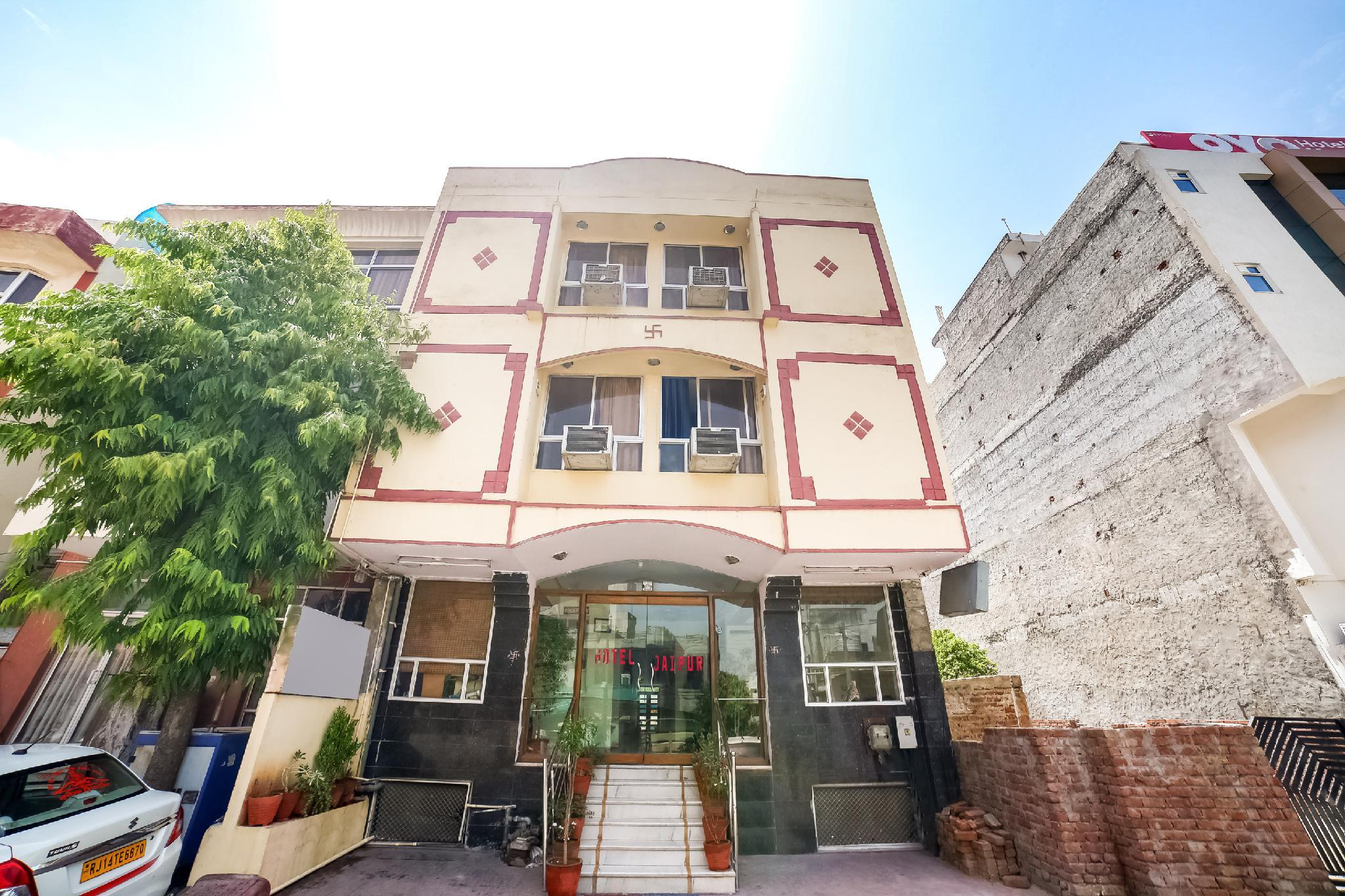 OYO 43239 Hotel Jaipur