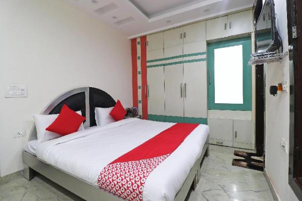 OYO 43033 Superb Stay New Delhi and NCR
