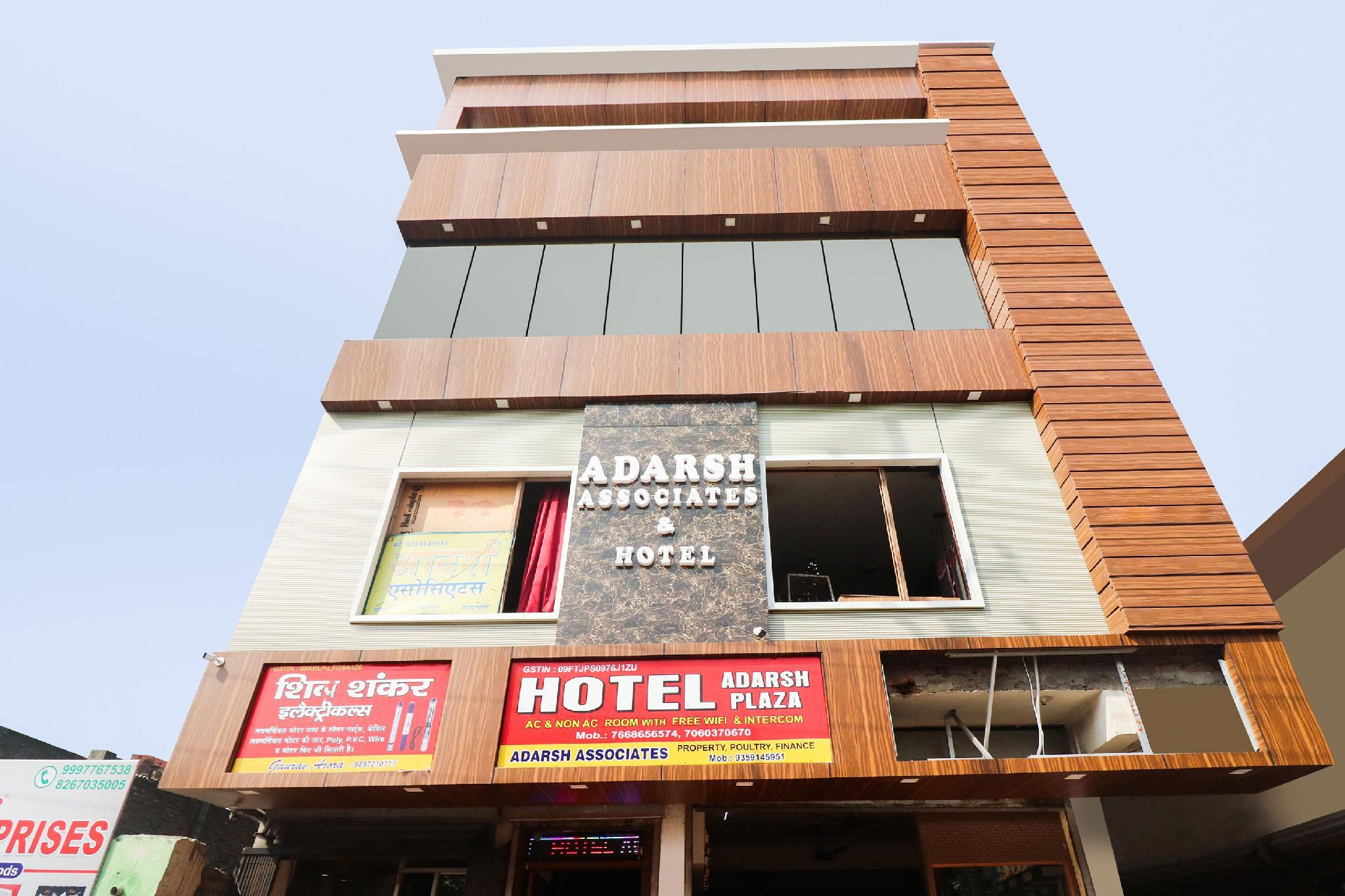 OYO 48489 Adarsh Plaza