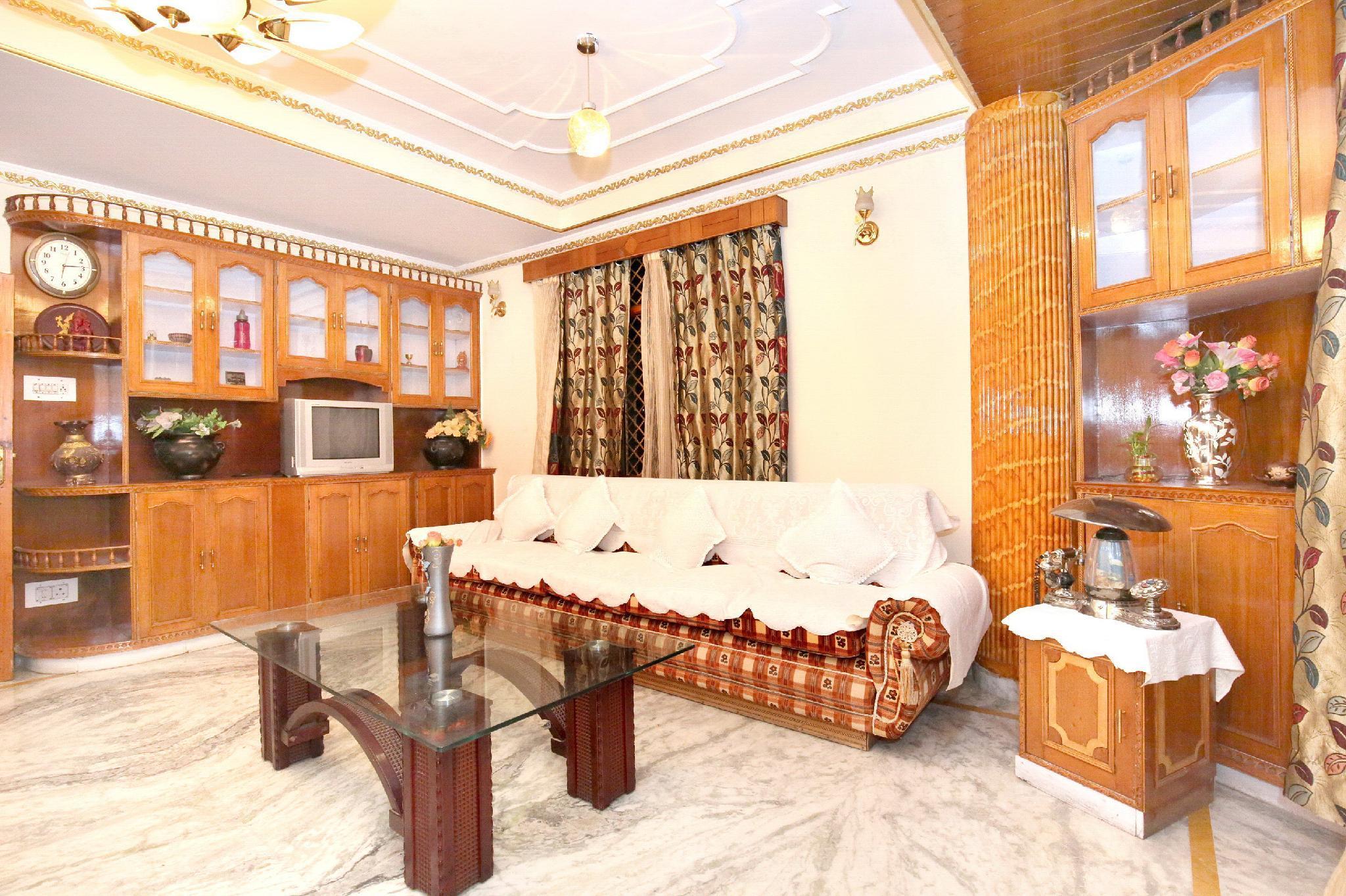 OYO 10858 Valley View Retreat In Shimla