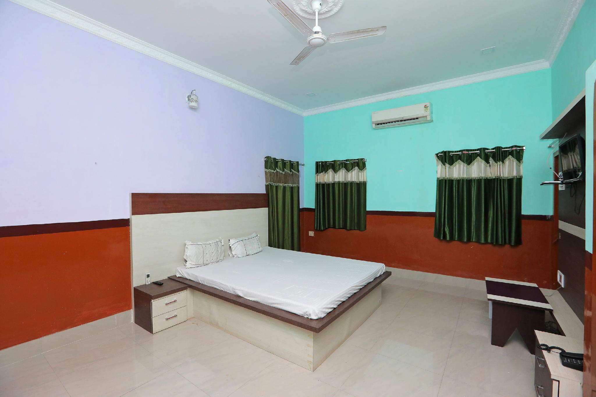 SPOT ON 45558 Manglam Resort