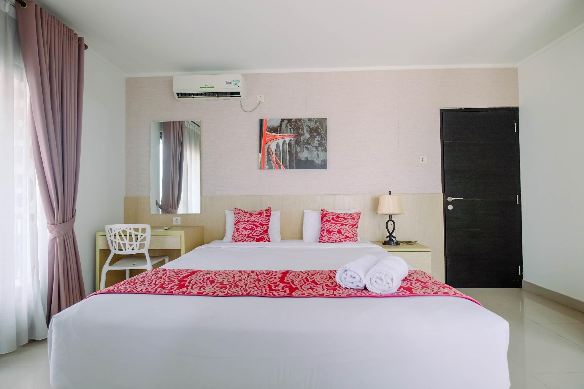 Cozy 2BR Apartment @Tamansari Semanggi By Travelio