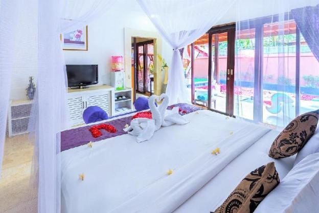 One-bedroom private pool villa honeymoon