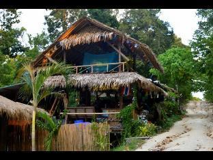 Lipe Camping Zone ไลพ์ แคมปิง โซน