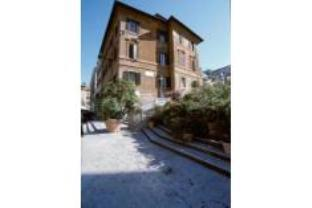 IH Hotels Piazza Di Spagna View   Luxury Guest House