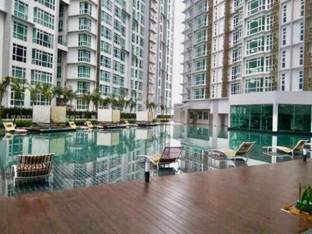 Condominium @ KL With Swimming Pool And WIFI