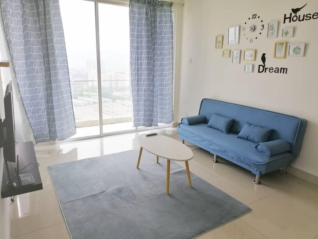 8 Pax@Spacious And Clean 3 BR. 10 Minutes To KLCC