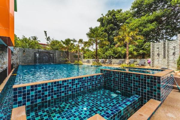 Nai Harn Studio ReLife 10 min walk to the Beach Phuket