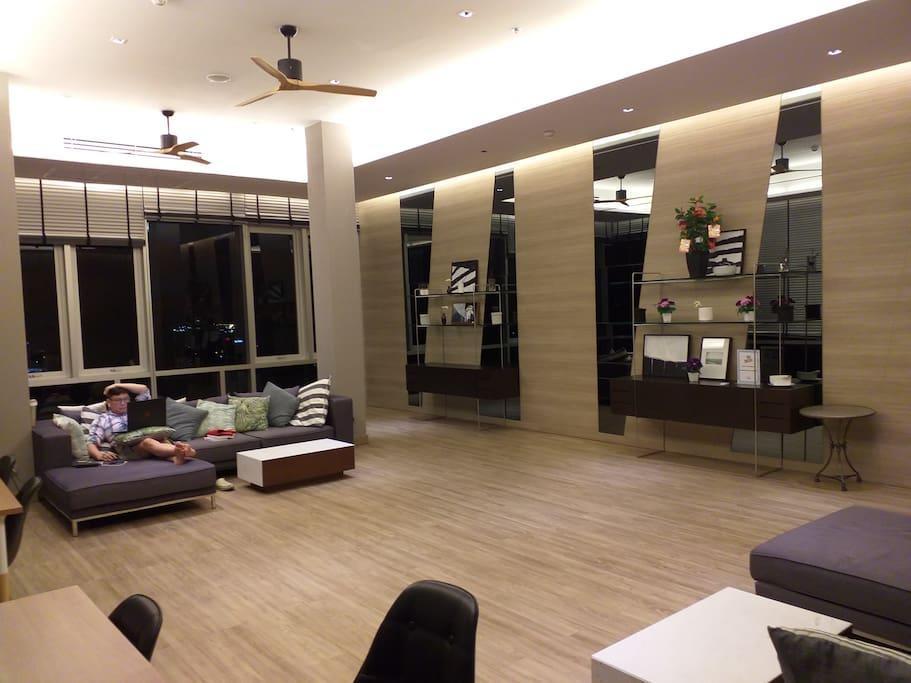 Centric Sea Pattaya Sea View Pool Luxury Room B28
