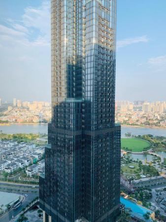 Luxury apartment with beautiful view of LandMark81 Ho Chi Minh City