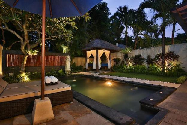 1BR Villa Private Pool,Jacuzzi,gazebo,Full Kitchen