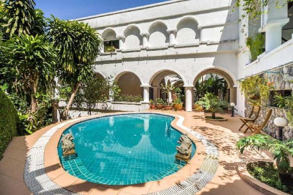 Villa Santorini Phuket