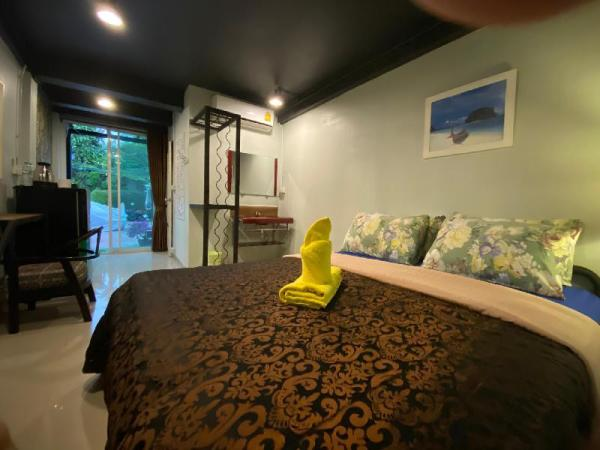A/C room ensuite bathroom standalone Chiang Mai