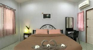 [ペッチャブリー](16m2)| 1ベッドルーム/1バスルーム Home stay with two Thai sisters