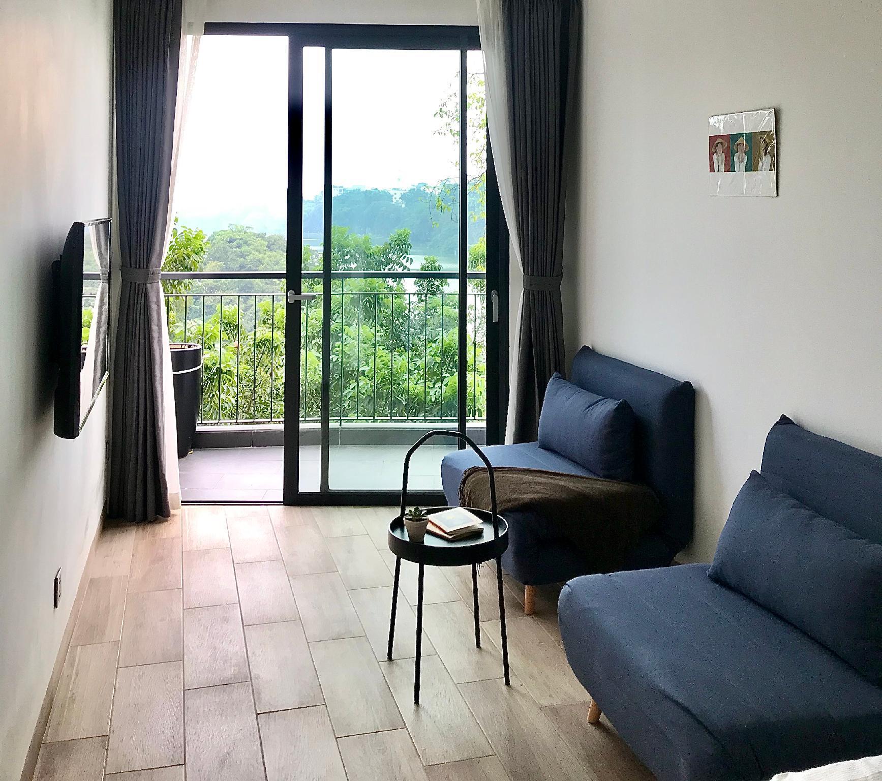 Studio Apt. V On HOAN KIEM LAKE Balcony And Rooftop