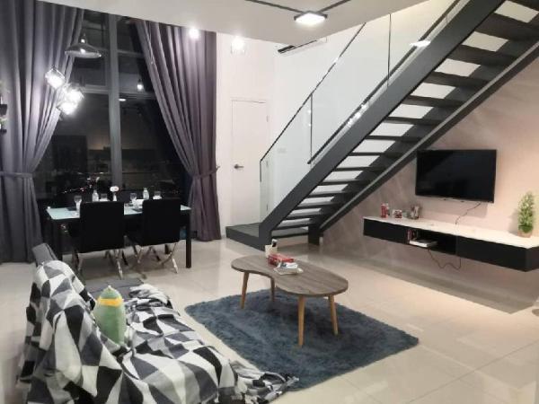 EkoCheras* Cozy Home* Skypool* Wifi* MRT Kuala Lumpur