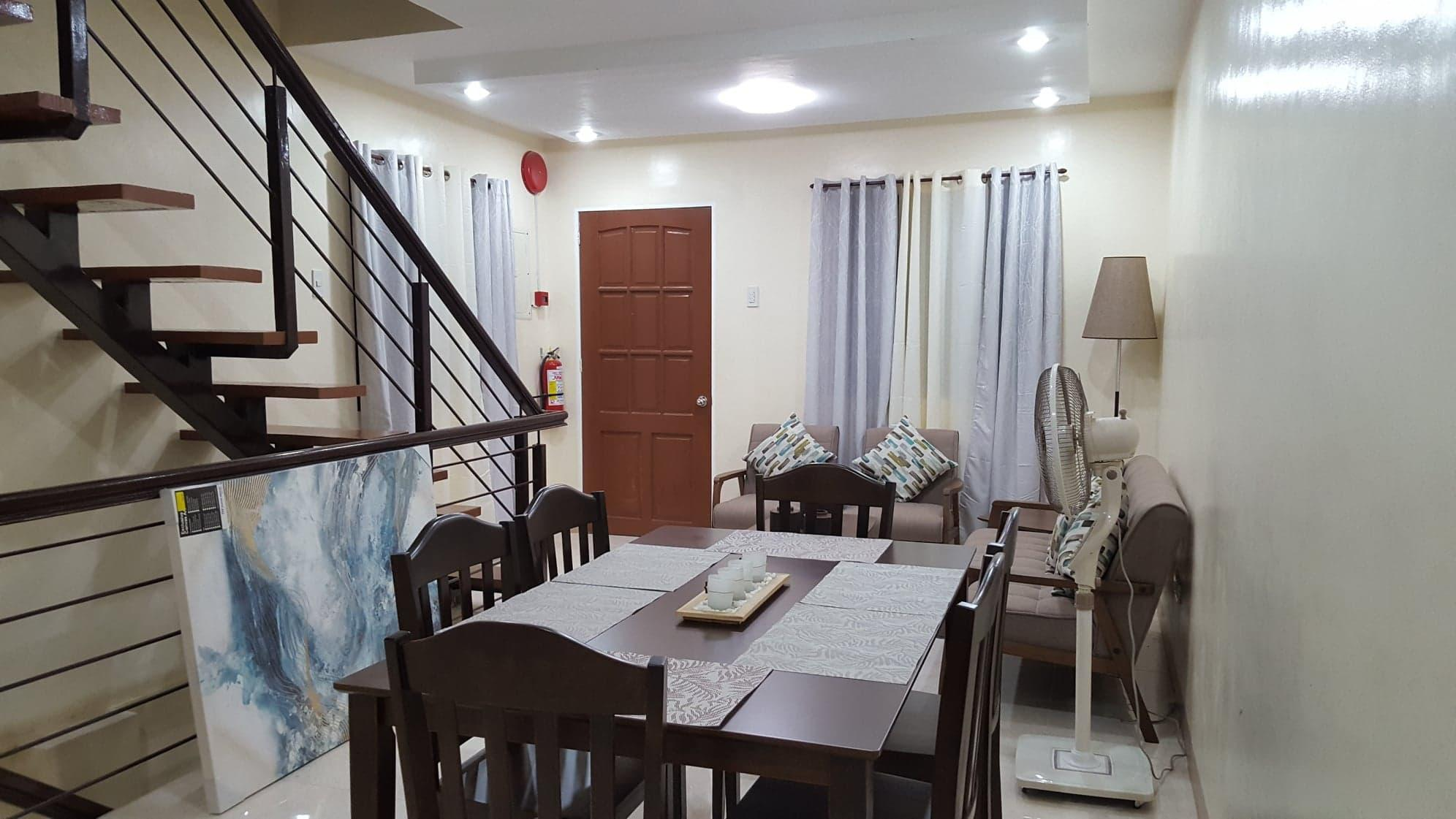 Hillside Villa   Ideal For Families Or Groups