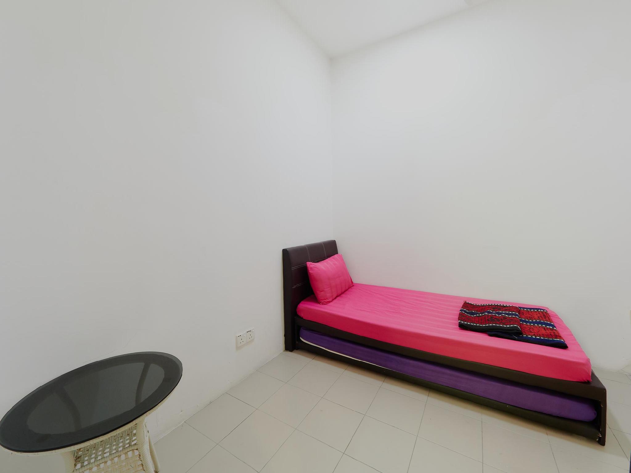 Permai Villa Sleep 37+