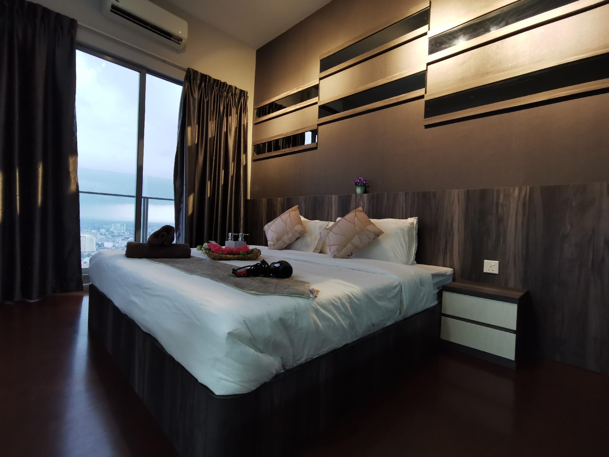 Modern Black ForCouple@Melaka City Steps 2Jonker 2