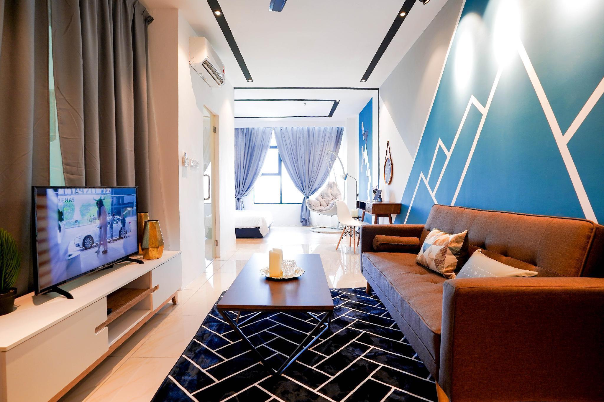Pinstay Biru Suites @ ITCC Manhattan Suites