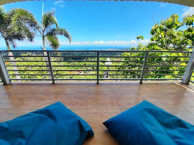 Romantic Hills View Suite next to LabuanSait Beach