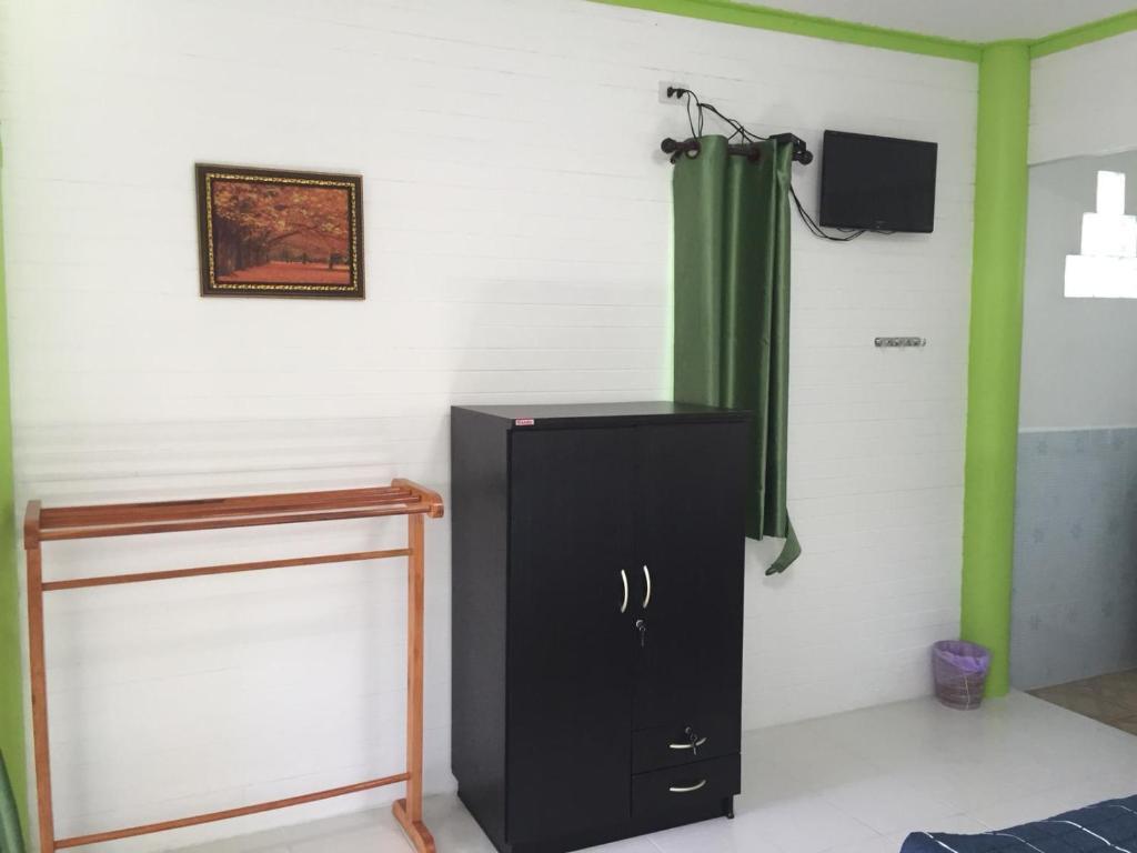 BAN PHOR #A1 บังกะโล 1 ห้องนอน 1 ห้องน้ำส่วนตัว ขนาด 30 ตร.ม. – อ่าวยายกี่