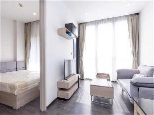 from MRT 300m Rama 9 luxury condo train market/RCA อพาร์ตเมนต์ 1 ห้องนอน 1 ห้องน้ำส่วนตัว ขนาด 34 ตร.ม. – รัชดาภิเษก