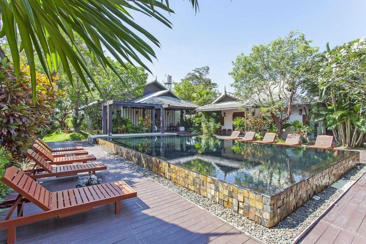 Anantara Villas 16BR Sleeps 32 w/Pool & Breakfast วิลลา 16 ห้องนอน 16 ห้องน้ำส่วนตัว ขนาด 3328 ตร.ม. – ท่าศาลา