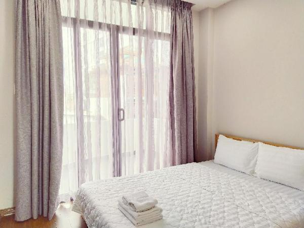 2 BR Apartment with Balcony, near Tan Son Nhat Ho Chi Minh City