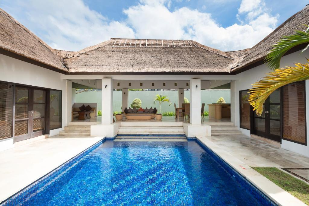 2 Bedroom BiPul Villa At Beraban Seminyak