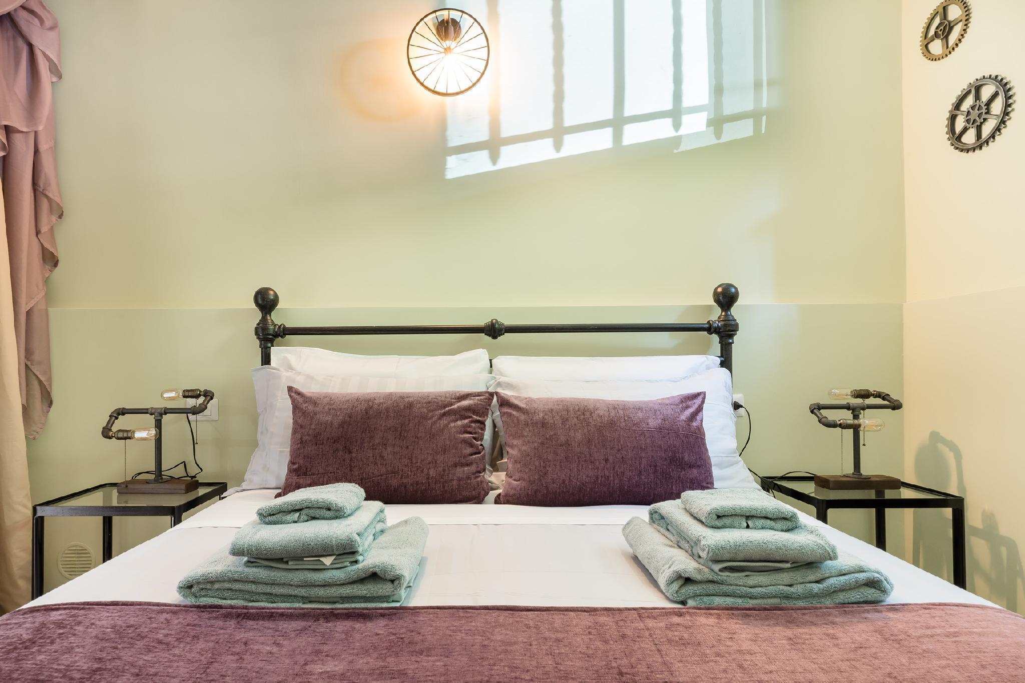 Delightful And Romantic Apartment In Rome.