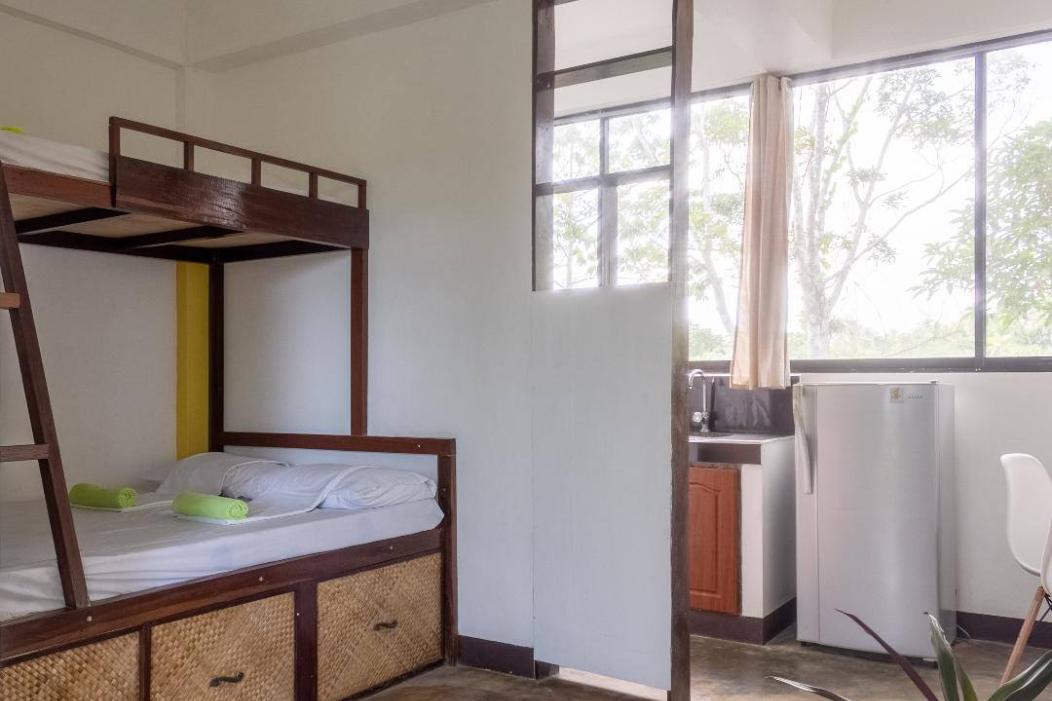 Mangrove Room 3