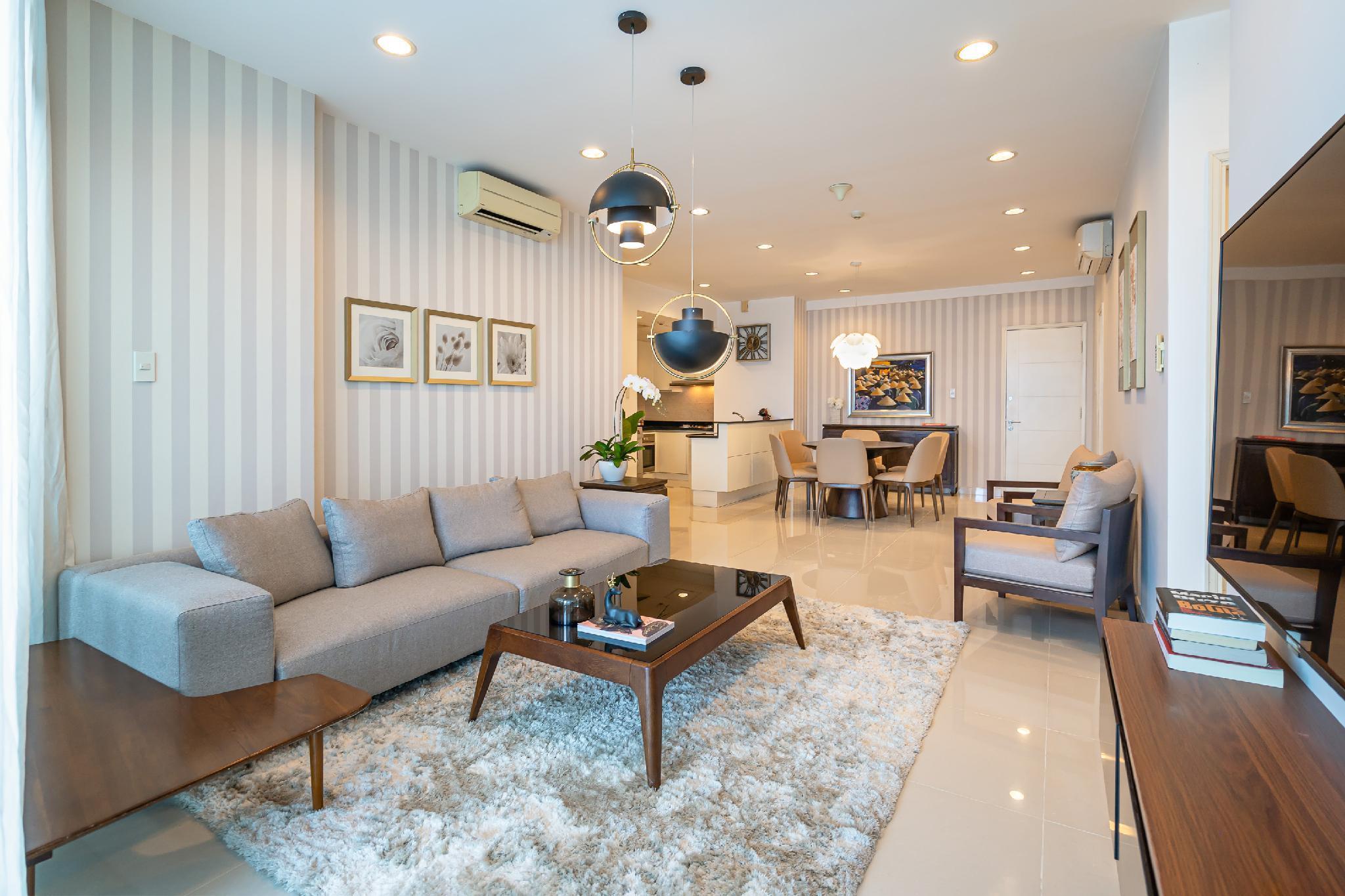 Saigon Premium Suite In District 1
