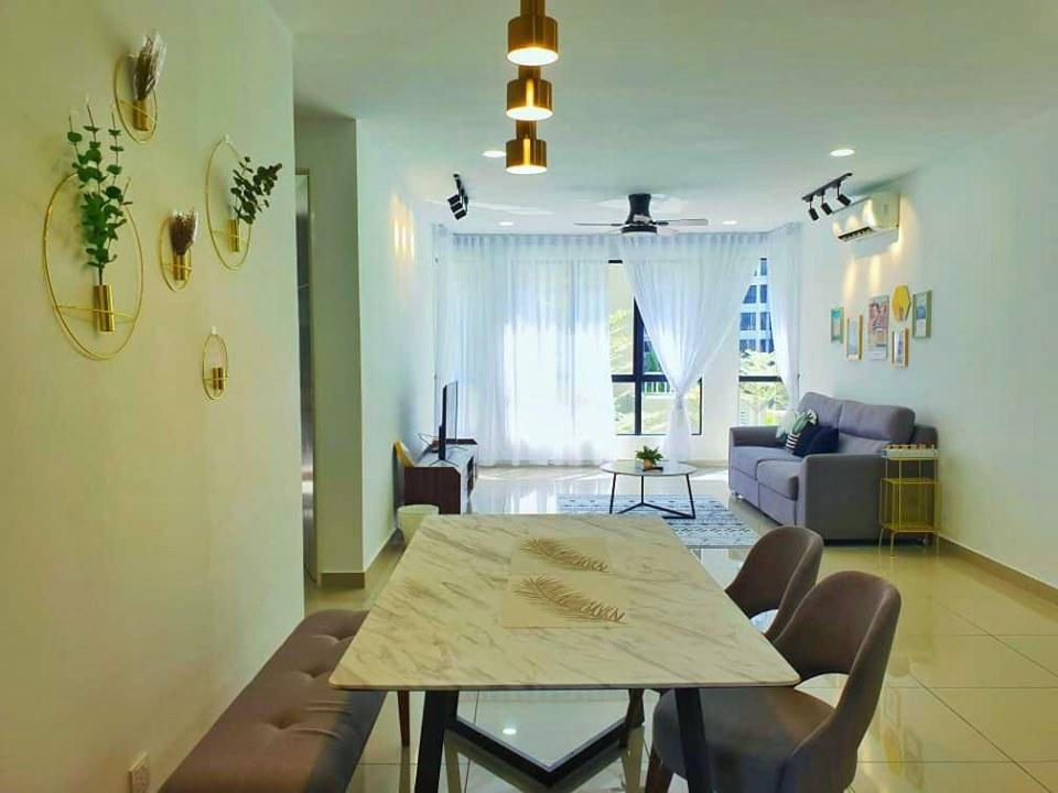 MJGuestHouse@Tiger Lane Luxury Condominium 6 8pax