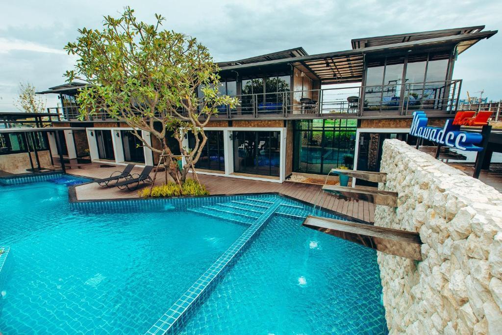 Mawadee Island Double Room 3