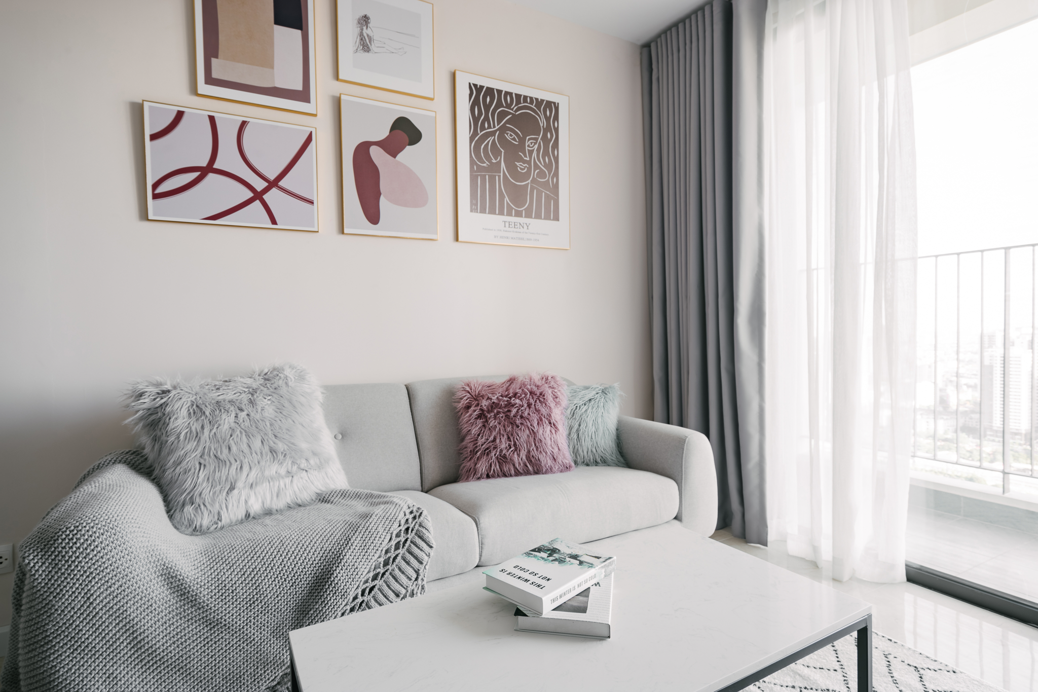 Minimalism 2Br D'capitale Tran Duy Hung Apartment