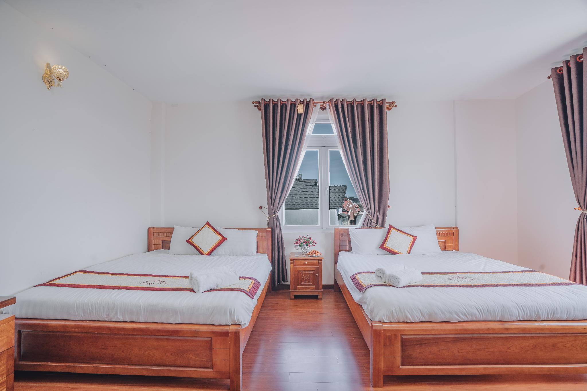 Flora Villa   Comfy Double Double Room