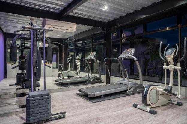 The Villa Ku Tama, 3BR Lux Villa+Gym, Seminyak