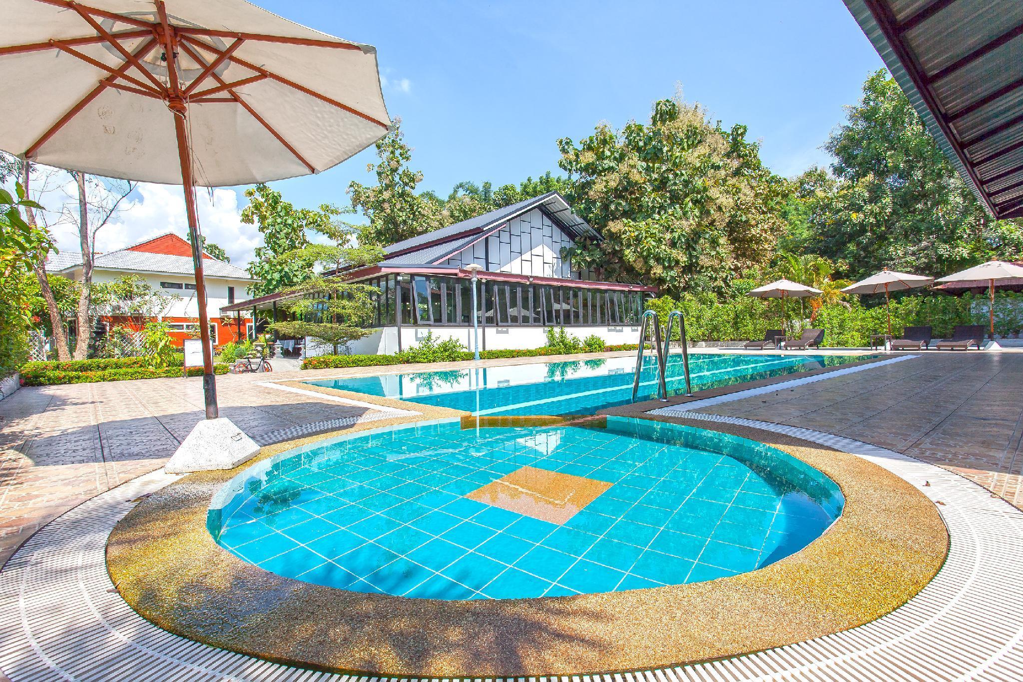 Spring Brook Resort 35BR Sleeps 70 wPool  Gym  Su Thep