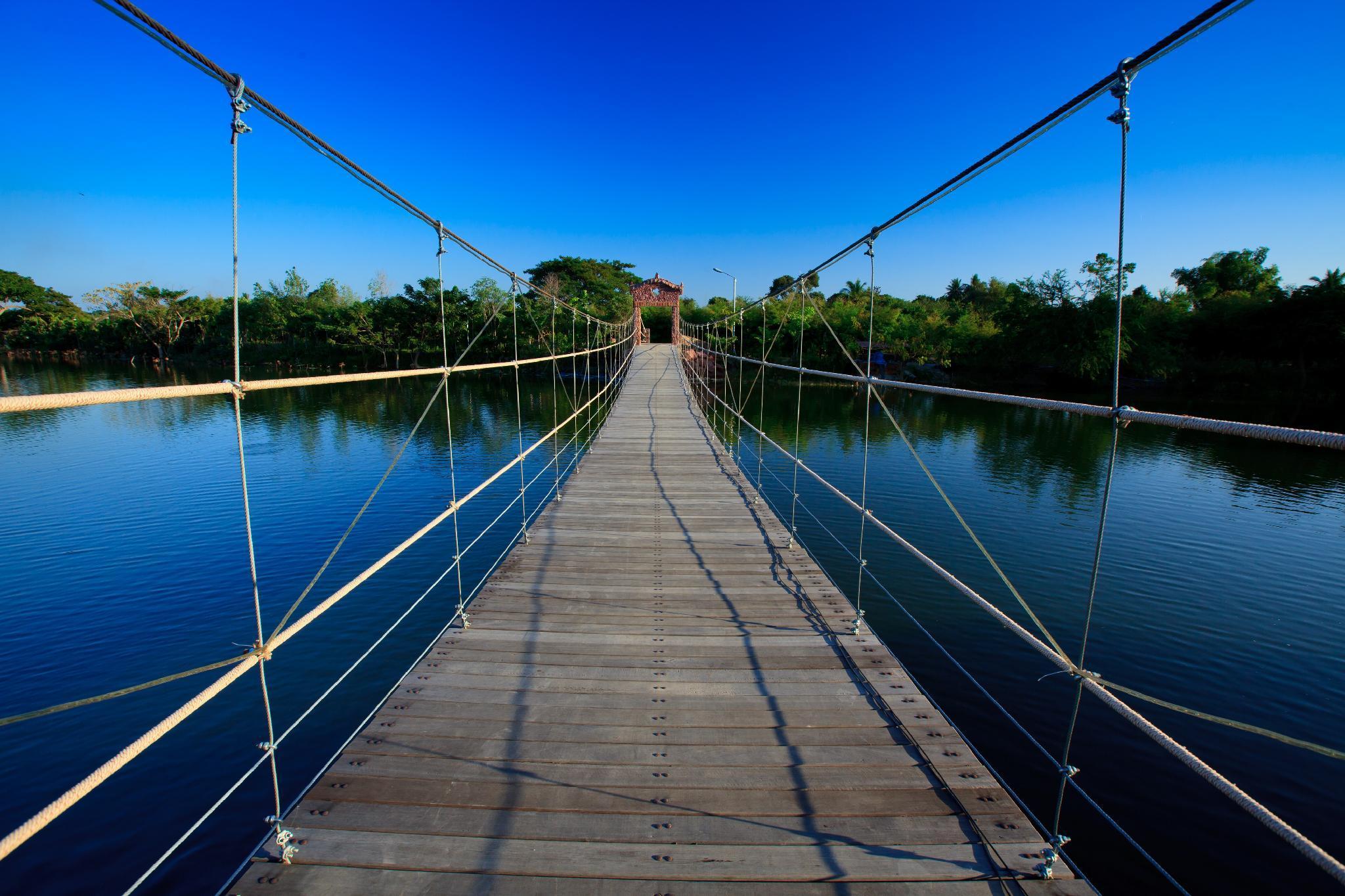 Chawalun Resort Chamchuri Lake View Bungalow 5