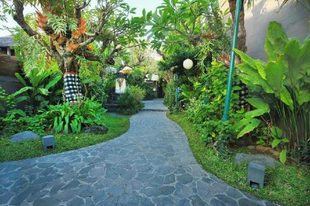 3BR Luxury Private Villa at Seminyak