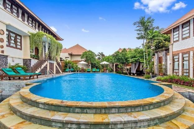 Three Bedroom Luxury with Private Villa w/Pool